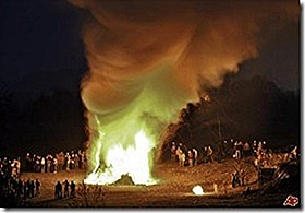 germany-easter-bonfire-2009-4-11-16-